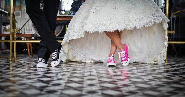איך לתכנן חתונה בלתי נשכחת לבד?